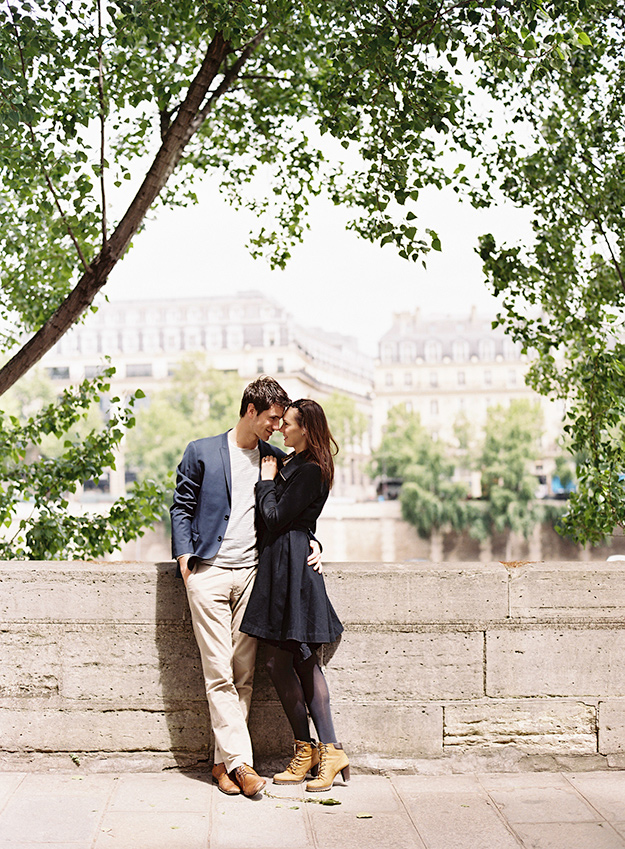 sansaara_photography_paris_engagement