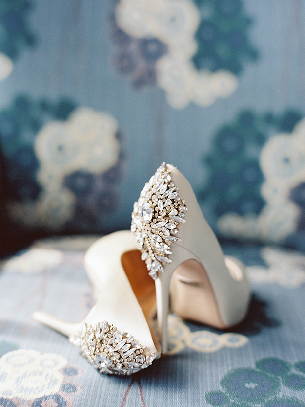 NM6a_dcwedding_badgleymischkashoes